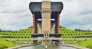 canal de centro ascensores hidraulicos barcos