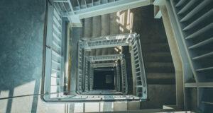 suprimir barreras arquitectonicas ascensor